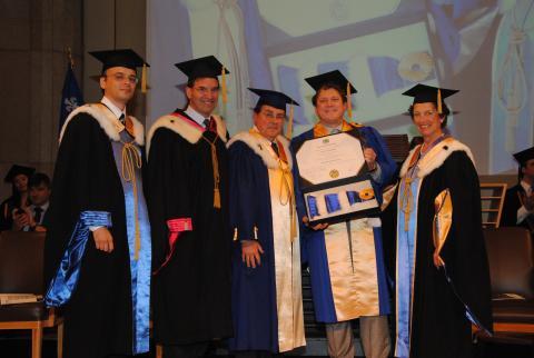 Yves De Koninck reçoit une doctorat honoris cause de l'Université de Montréal